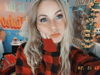 Holly_Noel