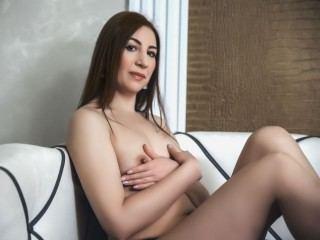 SexyMatureDoll
