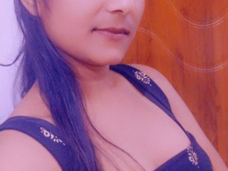 Hot_Aarushi
