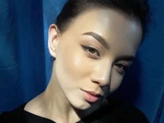 Image capture of Mia_hetty