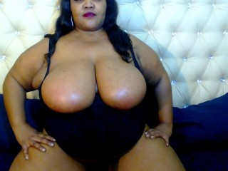 Webcam Snapshop for Model Milkytits4uu