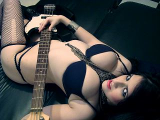 Becky_Rabbit