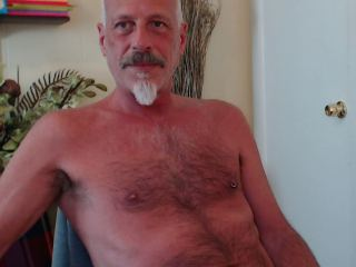 Hairy_Hung_Mike