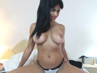 Claudia_Smith