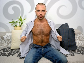 HairySexyStud
