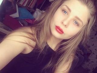Watch Blondy_Lora cam