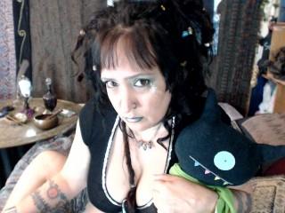 Live Webcam Show with DreadfallDLuna_