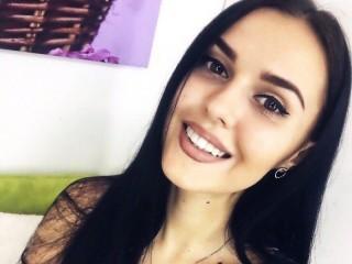 Watch MonicaBellX cam