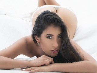 Latina 18+ Teens Channel