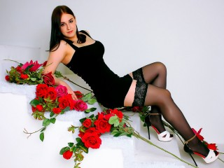 I Am European And A Cam Alluring Sweet Thing Is What I Am! I'm 19 Yrs Old! My Name Is KansuellaX