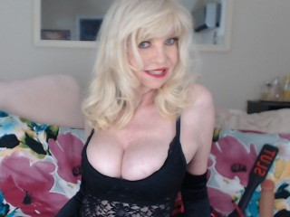 I Have Blond Hair! I Am Caucasian! My Name Is HotJuicyJoy And A Webcam Suave Honey Is What I Am