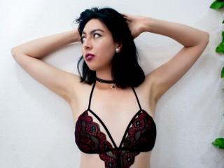 Screen Shot of LauraWhite]