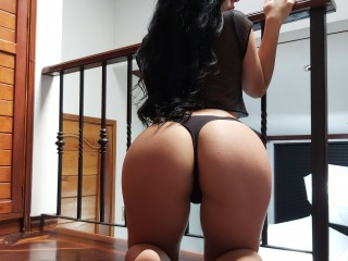 valerie_hot20