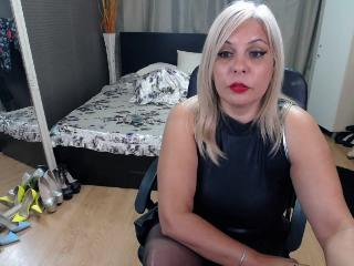SexyBlondeOnly4U