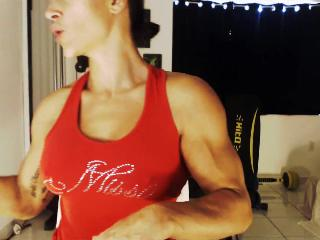 musclebabe's Live Cam
