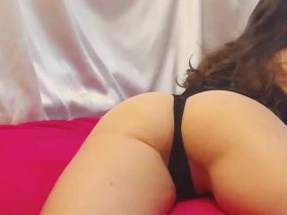 Angelina19