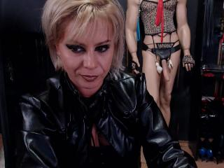 AllICEMistress's Live Cam