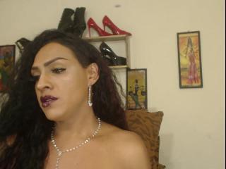 QueenSexBllack's Live Webcam