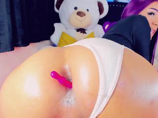 valentiandoll_sexyxxx's Live Webcam