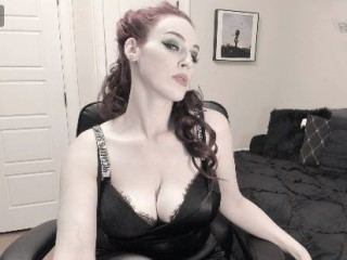 JenniferVegas live cam