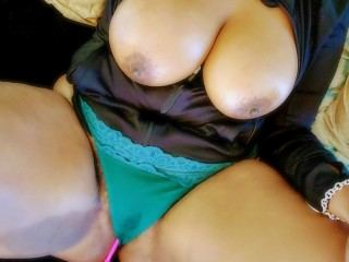 Ebony webcam live