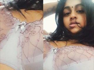 Indian_Lips Live Porn Model Profile