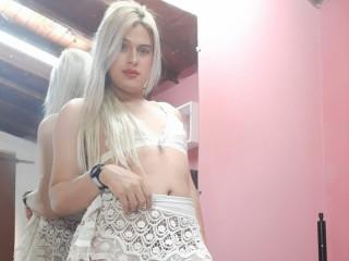 BlondeGirl20