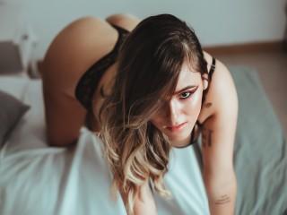 Niicole_Moore