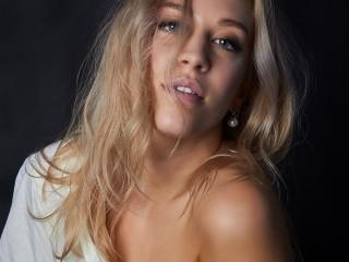 KamilaShiny