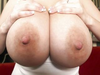 wildtitsxx sex chat room