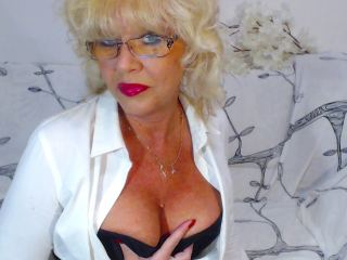 BlondeHouseWife's Live Cam