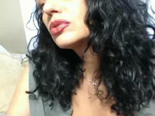 HAPPY_MILF_FOR_YOU's Live Cam