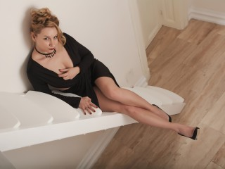 Webcam en direct de NaughtyTyna