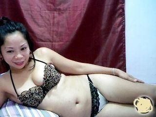 Crystalpinay's Live Cam