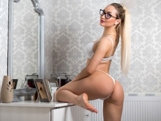 Beauty_Anne's Live Cam
