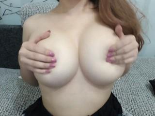 bigboobs_queen