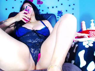 squirtingwoman