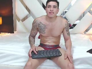 Chat with TommyMuscle