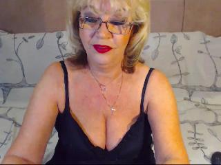Webcam en direct de BlondeHouseWife