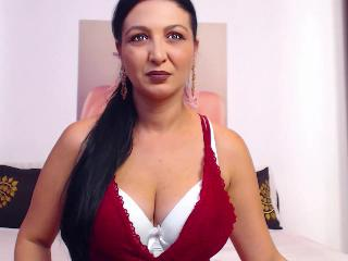JulieJOY's Live Cam