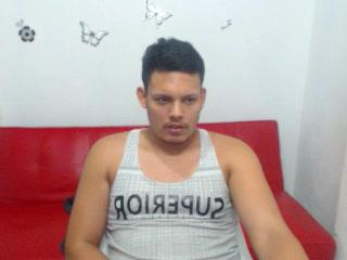 COLOMBIAN9INCHES_STUD