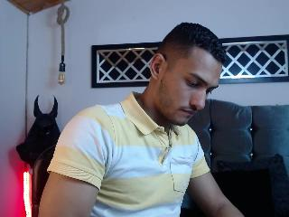 Chat with charnick_hot